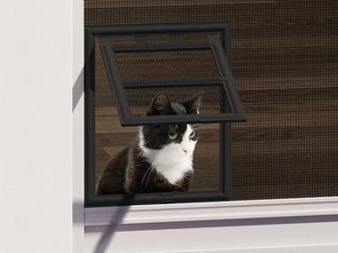 wip Dvířka pro kočku se sítí proti hmyzu